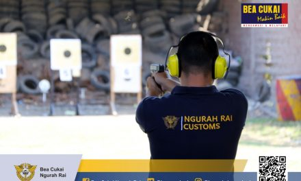 Latihan Menembak Bersama Prajurit Lanud I Gusti Ngurah Rai.