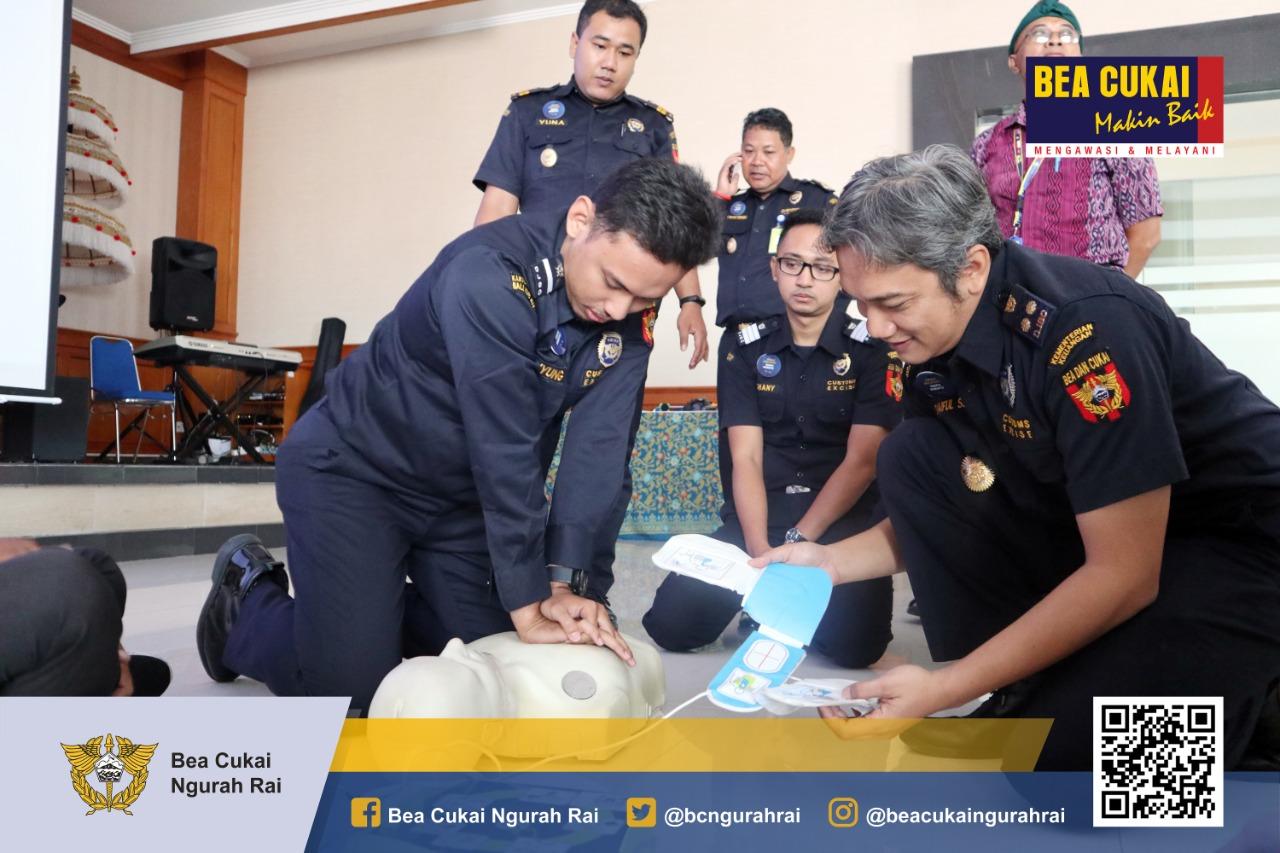 Pelatihan Dasar AED (Automated External Defibrillator)